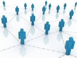 Blå figurer som representerar det sociala kapitalet.